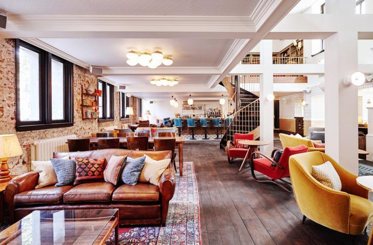 resized_hoxton-hotel