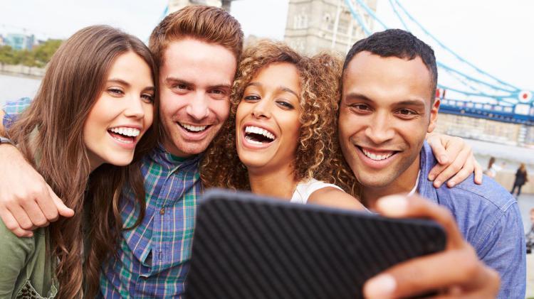 selfie-amigos-londres