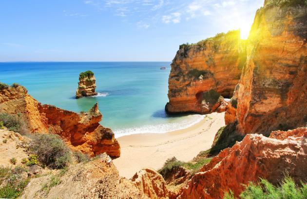 Foto Shutterstock -  Lagos, Portugal.