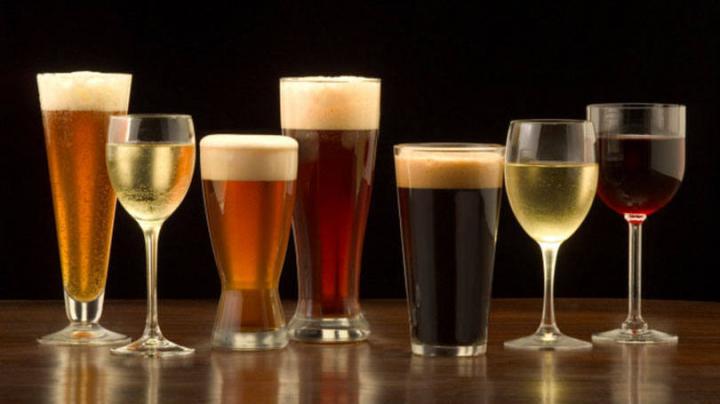 copo-e-taca-de-cerveja